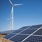 Українці від завтра зможуть продавати електроенергію з приватних сонячних і вітрових установок