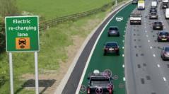 Англія збирається випробувати дороги, які заряджатимуть електромобілі